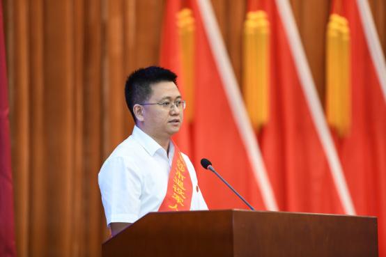 优秀退伍军人刘雅浪:风雨兼程创业路