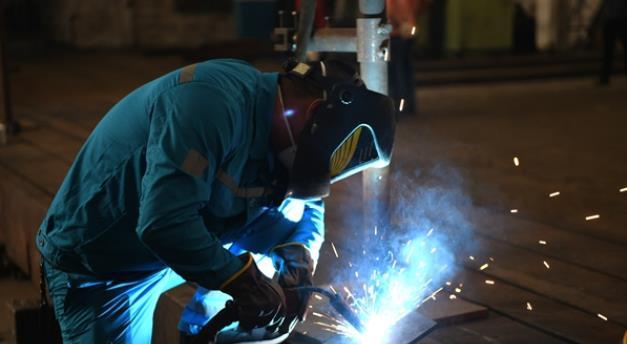 指尖上拼匠心 常德市第一届产业工人技能竞赛火热开赛